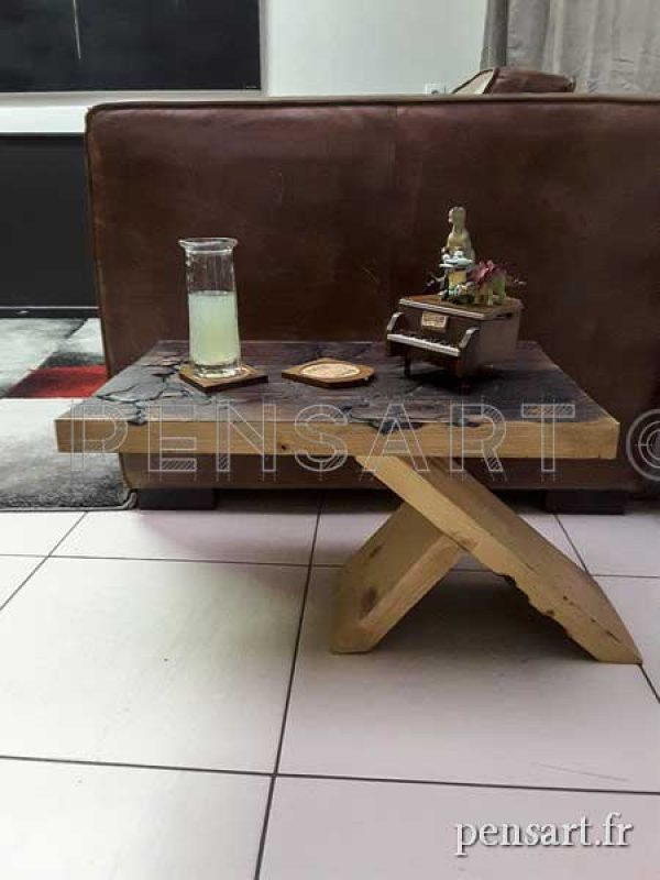 Bout de canapé- Création unique en bois massif