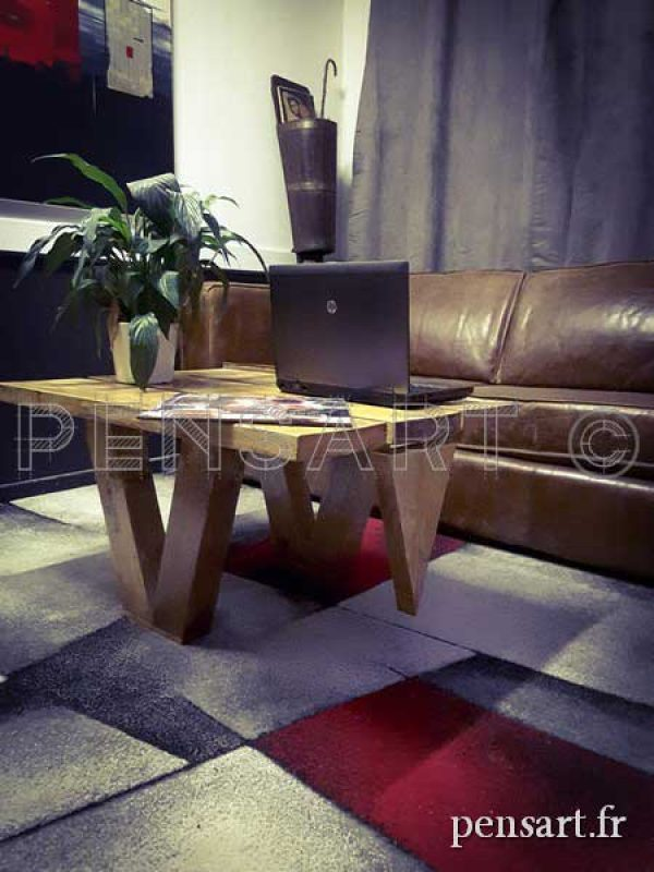 Table basse design en bois de pin massif
