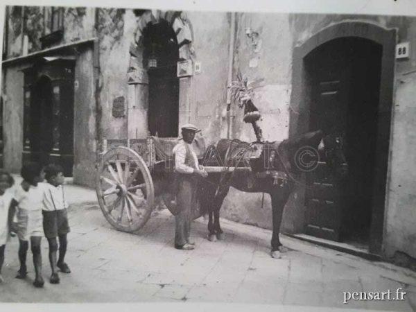 L'homme à la charrette- Photo noir et blanc