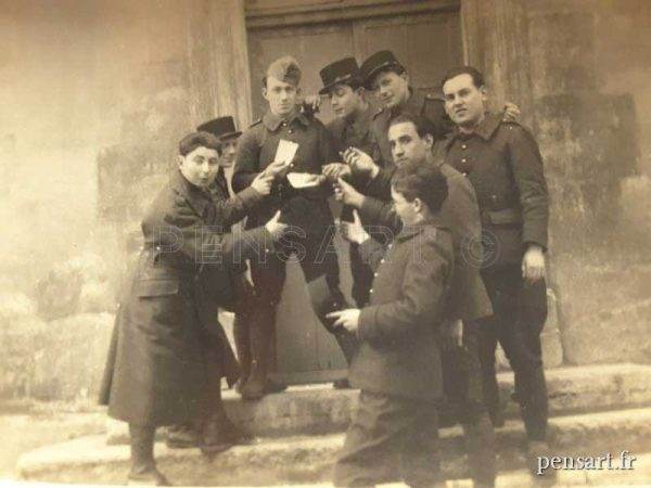 Photo anonyme de soldats