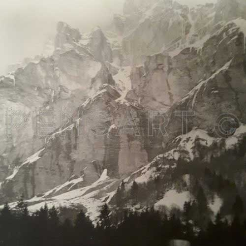La montagne enneigée- Photo nature noir et blanc