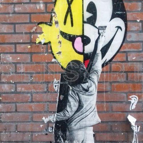 Photo affiche déchirée- Mickey